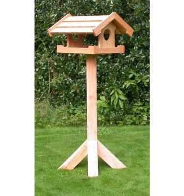 Ekstra sort foderhus til fuglene