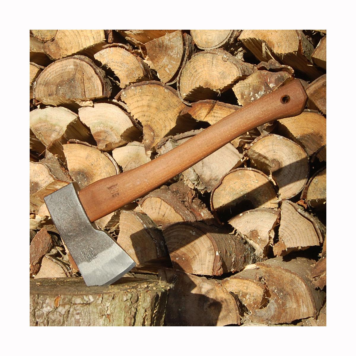 Snedkerøkse perfekt til tilvirkning af tømmer