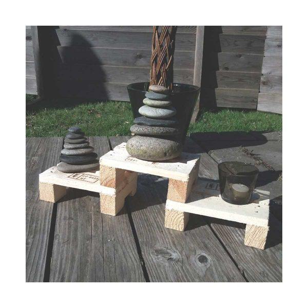 minipaller med sten